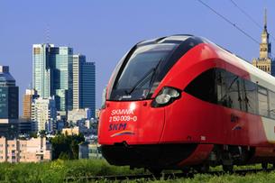 Nowe pociągi warszawskiej SKM z internetem, ale bez toalet