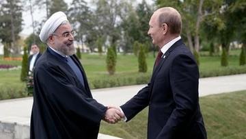 Rowhani: nowa doktryna nuklearna USA zagraża Rosji