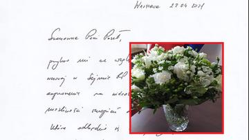 Zaproszenie i kwiaty. Dworczyk napisał do Hartwich