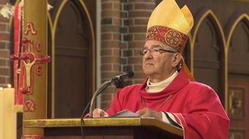 Watykan ukarał abp. Głódzia i bp. Janiaka. Mają opuścić diecezje