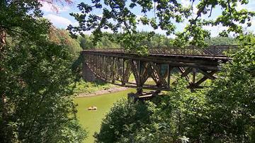Wysadzą zabytkowy most na potrzeby filmu? Reżyser odpowiada