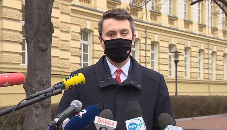 Rzecznik rządu: nie ma potwierdzenia, że nowa mutacja koronawirusa jest w Polsce