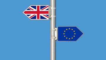 """""""Times"""": twardy Brexit może kosztować nawet 66 mld funtów rocznie"""