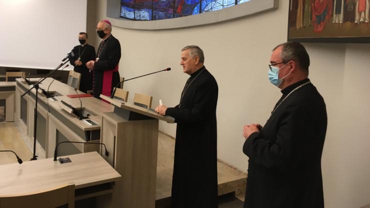 Nowy biskup kaliski Damian Bryl. Na stanowisku zastąpił Edwarda Janiaka